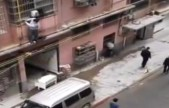 小伙被骗至传销,爬管道逃下6楼,大喊救命