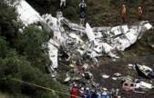 巴西:包机坠毁遇难者遗体被运回故里