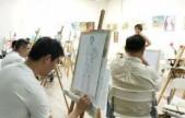 美术院校课堂示范人体写生引争议