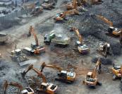 南昌:百台挖掘机齐上阵 一夜拆掉立交桥