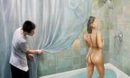 男子住酒店发现洗手间女子正洗澡 双方都被吓到