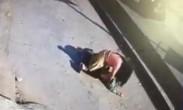 一小男孩被陌生女子扑倒后抱走!路人视而不见