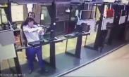 男子学射击趁机自杀 教练夺枪失败吓瘫倒地