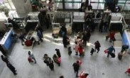 """重庆一""""虎妈""""为教育女儿 深夜将8岁孩子留火车站 女孩:妈妈锻炼我"""
