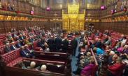 """英国:议会为启动""""脱欧""""扫清法律障碍"""