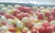 高校又现奇葩西红柿炒鸡蛋:整个番茄炒整个蛋