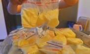 揭母乳买卖利益链:250毫升网上卖150