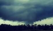 美国 南部多地遭遇龙卷风_23人死亡