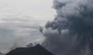 菲律宾 塔阿尔火山喷发 大量火山灰涌出