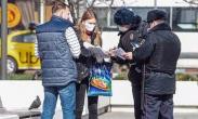 俄罗斯:莫斯科开始强制要求在公共场所戴口罩