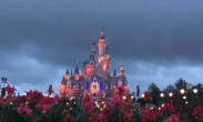 美国迪士尼乐园将裁员2.8万人