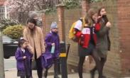 英格兰地区防疫措施逐步放松 学生返校