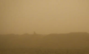 敦煌莫高窟因强沙尘暂停开放