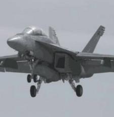 一架美军战机在冲绳附近海域坠落