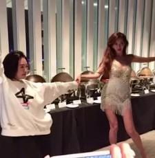 林志玲婚后派对通宵达旦 众人玩制服脱衣游戏