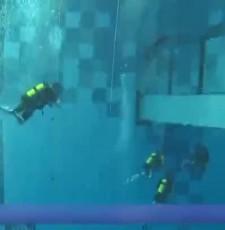 45.4米!世界最深室内潜水池开业