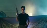 《真男》蒋劲夫扛枪man爆 体力超强秀肌肉